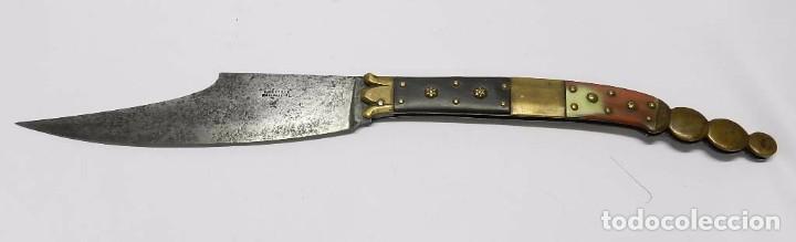 ANTIGUA NAVAJA SIGLO XIX. CON PUNZÓN DE HAUDEVILLE EN ALBACETE. MIDE CERRADA 23 CM Y ABIERTA 42,5 CM (Militar - Armas Blancas Originales Fabricadas entre 1851 y 1945)