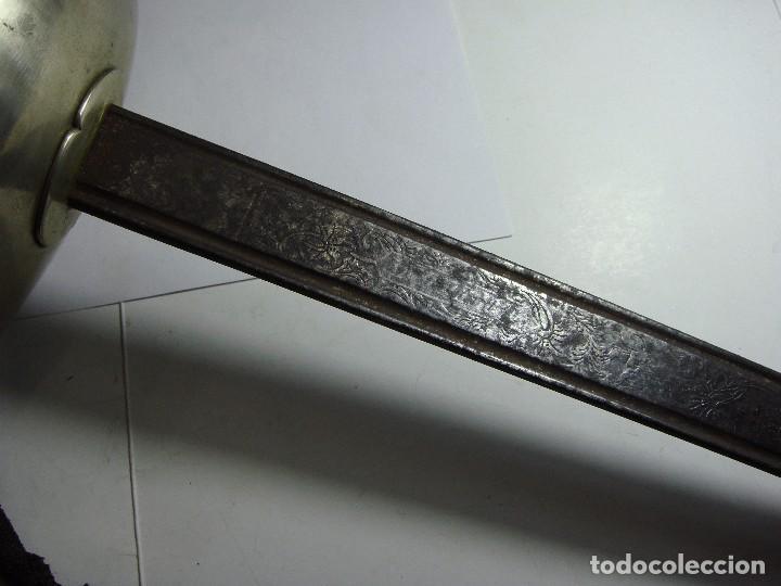 Militaria: SABLE ESPAÑOL. 1ª República. Hoja grabada y fechada. Fábrica de Toledo. Año 1870. Con vaina. - Foto 6 - 86272684