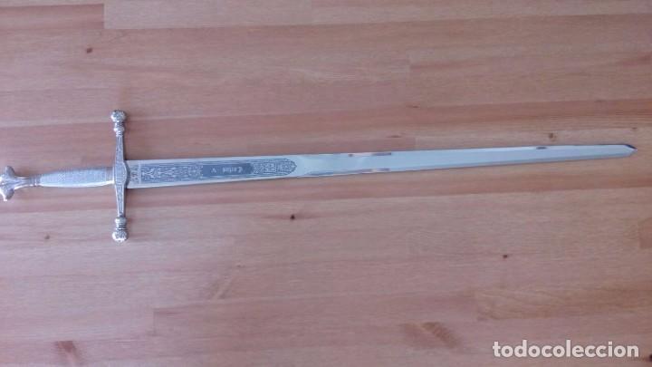 Militaria: Espada de Carlos V edicion de lujo en plata, hecha por Marto en Toledo. Acero inoxidable. - Foto 4 - 99475999