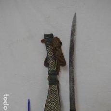 Militaria - Antigua espada africana del sahara sahel, original, del desierto. Africa. - 100312895