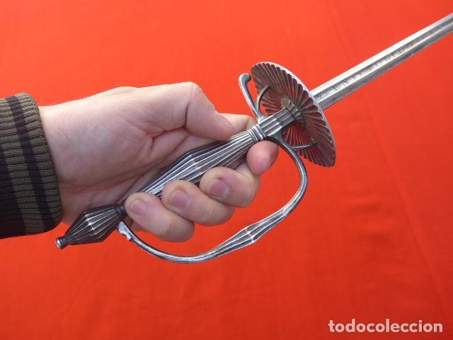 Militaria: * Espectacular antigua espada española de plata, marcada de Toledo de 1817. Con contrastes. ZX - Foto 23 - 101769271