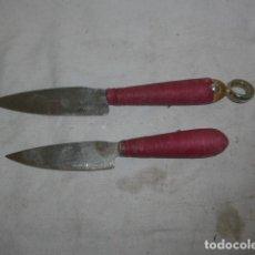 Militaria: LOTE 2 ANTIGUO CUCHILLO MARCADO DE CASAFONT SOLSONA, DE TORERO CATALAN. TOROS. TAUROMAQUIA.. Lote 108535651