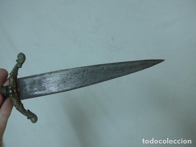 Militaria: Antiguo cuchillo o daga de defensa española - Foto 10 - 108563999