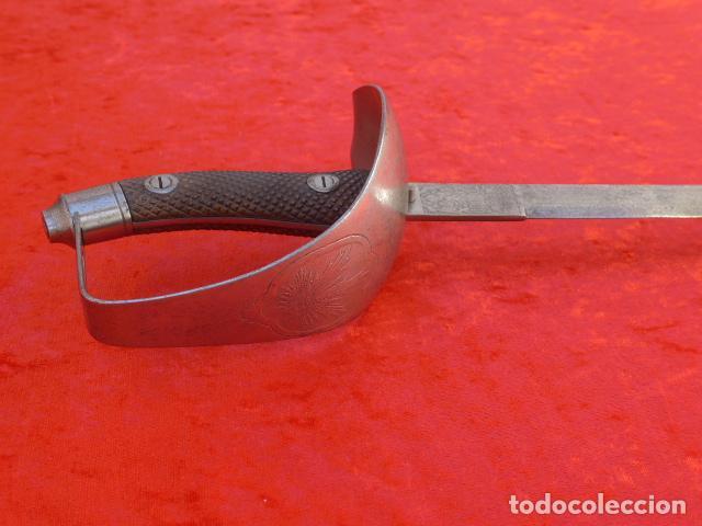 * ANTIGUA ESPADA SABLE DE CARABINEROS DE ALFONSO XIII, ESCUDO MARCADO EN TAZA. RARA. ZX (Militar - Armas Blancas Originales Fabricadas entre 1851 y 1945)
