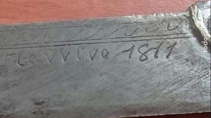 Militaria: PRECIOSA DAGA-PUÑAL EN BRONCE LABRADO DE ORIGEN FRANCES DE 1811 GRABADO EN LA HOJA CON LEYENDA,FUNDA - Foto 2 - 114907671