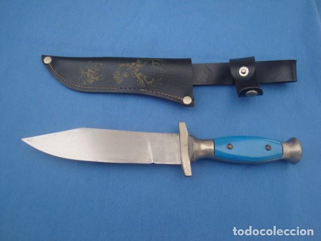 CUCHILLO DE CAZA Y MONTE AÑOS 80 (Militar - Armas Blancas Originales Fabricadas entre 1851 y 1945)