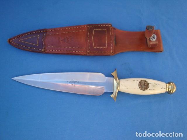 CUCHILLO DE REMATE MARCA MUELA MODELO BRAMA -DESCATALOGADO- (Militaria - Originale Blankwaffen hergestellt nach 1945)