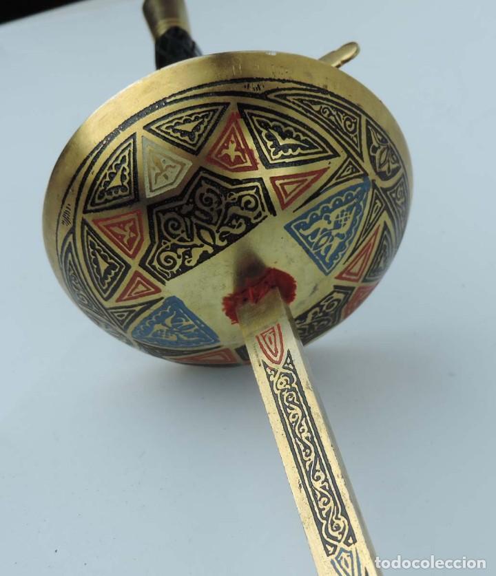 Militaria: Florete o espada esgrima, fabricado en Toledo, tal y como se ve en las fotografias puestas, mide 90 - Foto 2 - 181538218
