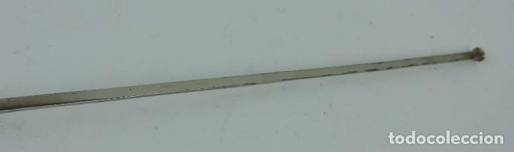 Militaria: Florete o espada esgrima, fabricado en Toledo, tal y como se ve en las fotografias puestas, mide 90 - Foto 7 - 181538218