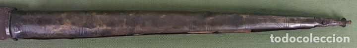 Militaria: NAVAJA BANDOLERA. HOJA DE ACERO FORJADO. EMPUÑADURA DE METAL. SIGLO XVIII-XIX. - Foto 5 - 125275887
