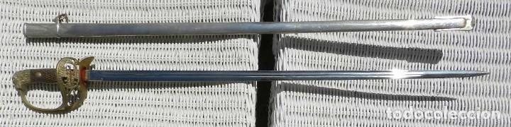 SABLE DE OFICIAL EJÉRCITO, PRIMERA ÉPOCA DE FRANCO, NO LE HEMOS VISTO PUNZON NI MARCA, CON SU VAINA (Militar - Armas Blancas Originales Fabricadas entre 1851 y 1945)