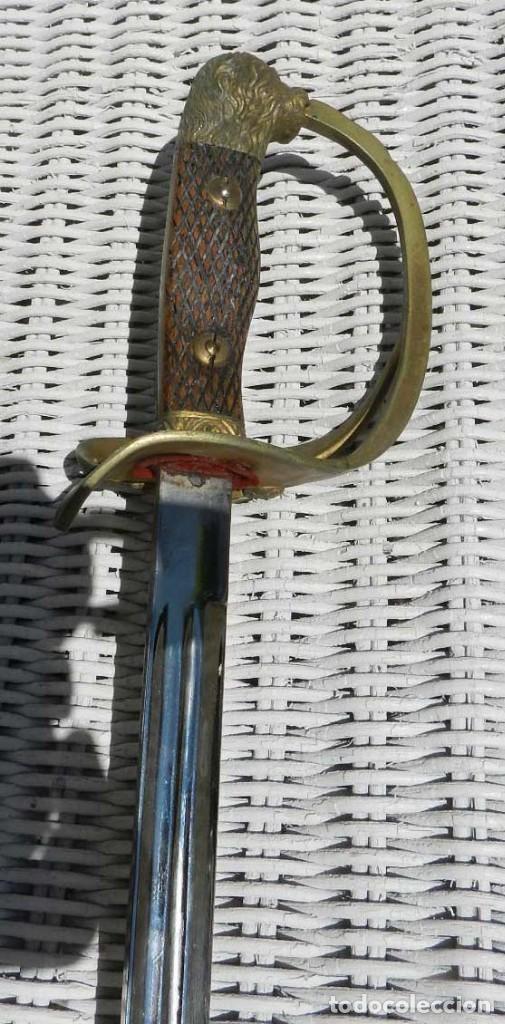 Militaria: Sable de oficial ejército, primera época de Franco, no le hemos visto punzon ni marca, con su vaina - Foto 6 - 128531563