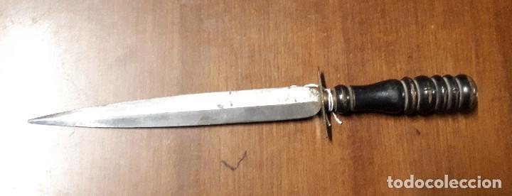 CUCHILLO, 37 CM DE LONGITUD TOTAL (Militar - Armas Blancas Originales Fabricadas entre 1851 y 1945)