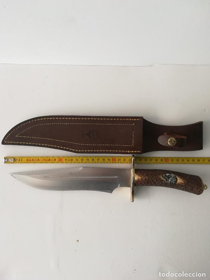MACHETE MUELA MAGNUM 36 CM (Militar - Armas Blancas Originales de Fabricación Posterior a 1945)