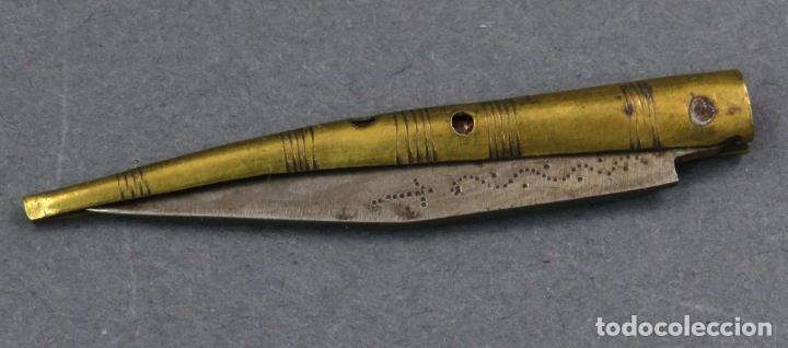 NAVAJA ALBACETE HOJA HIERRO DECORACIÓN ROLEOS A BURIL EMPUÑADURA DE BRONCE HACIA 1800 (Militar - Armas Blancas Originales de Fabricación Anterior a 1850)