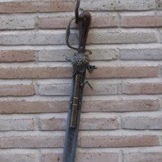Militaria: REPRODUCCION DE ESPADA / PISTOLA EN ACERO Y BRONCE.. Lote 155053030