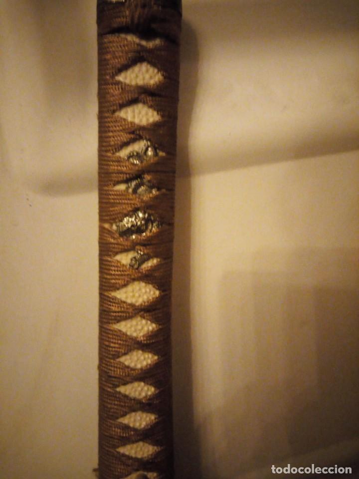 Militaria: Katana japonesa.vaina de madera Decoración tiene mas de 20 años - Foto 2 - 148589538