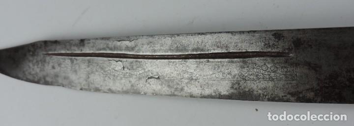 Militaria: Grandisima Navaja de Santa Cruz de Mudela, hacia 1870. Mango de madera totalmente cubierto en latón - Foto 6 - 155737470