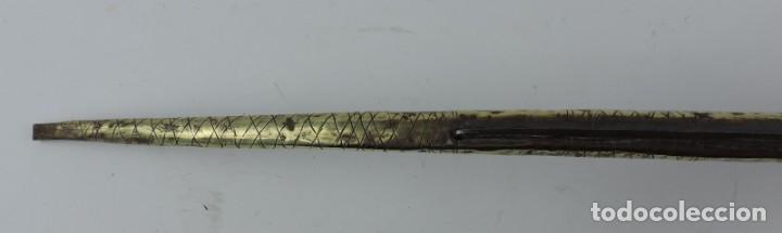 Militaria: Grandisima Navaja de Santa Cruz de Mudela, hacia 1870. Mango de madera totalmente cubierto en latón - Foto 11 - 155737470