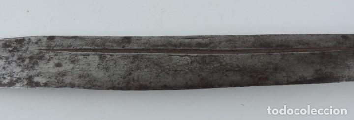 Militaria: Grandisima Navaja de Santa Cruz de Mudela, hacia 1870. Mango de madera totalmente cubierto en latón - Foto 16 - 155737470