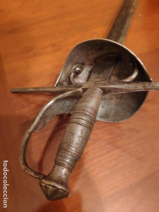 Militaria: Espada ropera de cazo española siglo XVIII - Foto 9 - 155991058