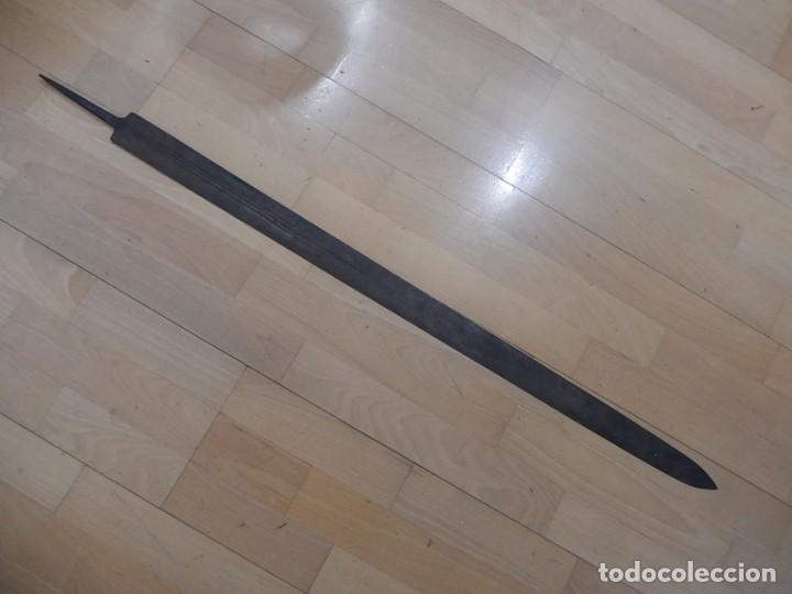 HOJA DE ESPADA ANTIGUA. A CATALOGAR. (Militar - Armas Blancas Originales de Fabricación Anterior a 1850)