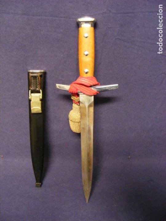 DAGA SUIZA DE OFICIAL (Militar - Armas Blancas Originales de Fabricación Posterior a 1945)