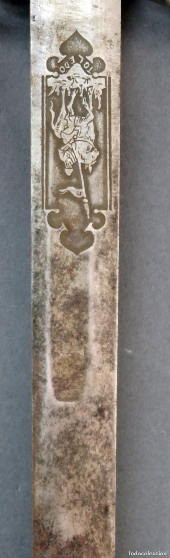Militaria: Espada reproducción de la Tizona de El Cid Campeador en hierro años 60 - Foto 4 - 168076804