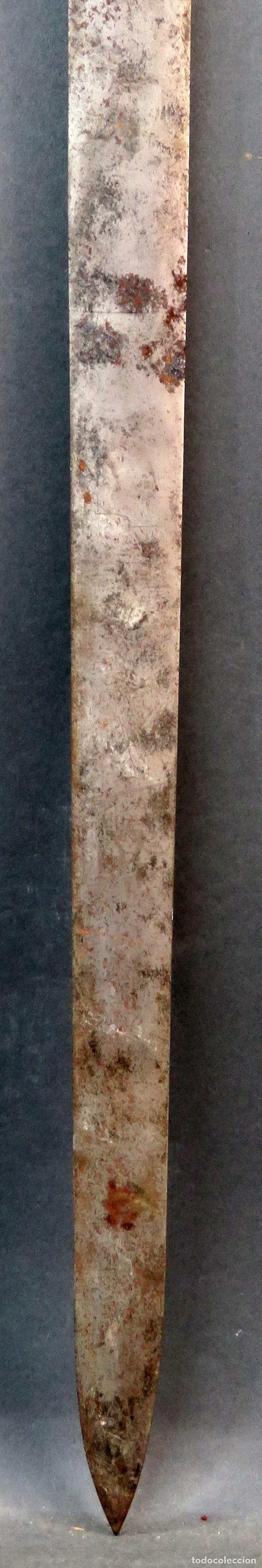 Militaria: Espada reproducción de la Tizona de El Cid Campeador en hierro años 60 - Foto 9 - 168076804