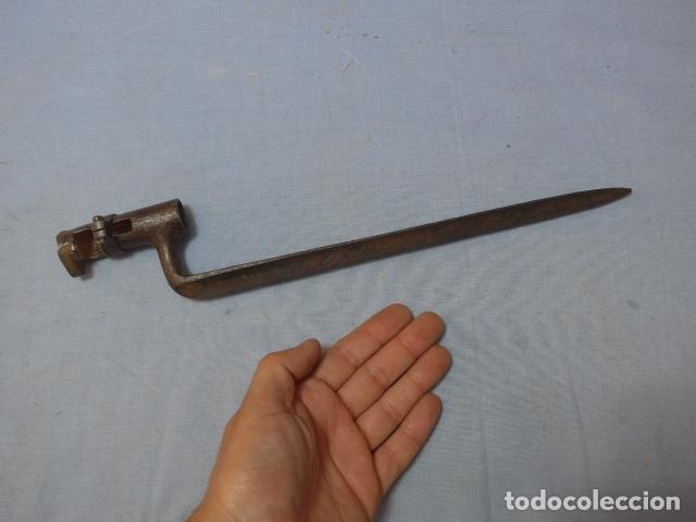 * ANTIGUA BAYONETA DE CUBO DE GUERRA CARLISTA Y GUERRA CIVIL, DE REMINGTON, ORIGINAL. ZX (Militar - Armas Blancas Originales Fabricadas entre 1851 y 1945)