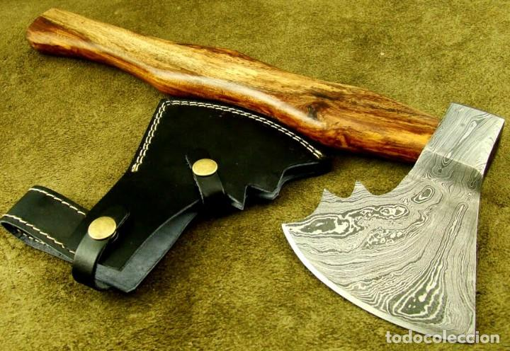 Militaria: hacha en acero de damasco artesanal. 40,25cm largo, mango madera de rosal - Foto 6 - 170321868