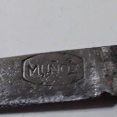 Militaria: NAVAJA ANTIGUA MUÑOZ. Lote 178964580