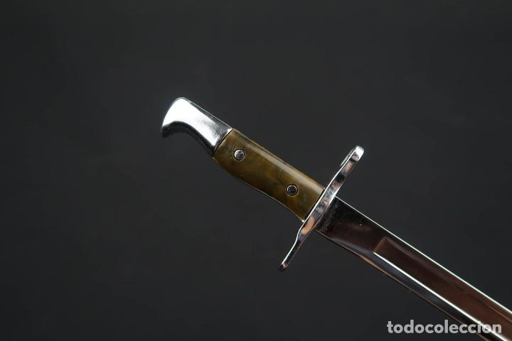 ANTIGUA MINIATURA DE BAYONETA SUIZA (Militar - Armas Blancas Originales de Fabricación Posterior a 1945)