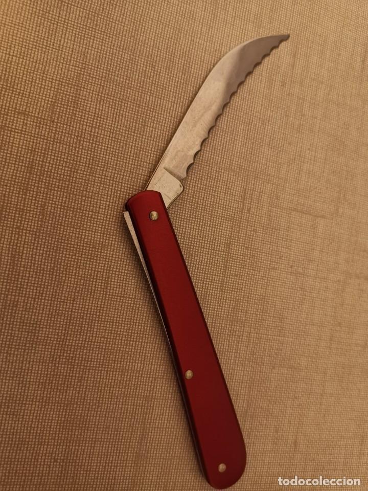 NAVAJA VICTORINOX BAKER (Militar - Armas Blancas Originales de Fabricación Posterior a 1945)