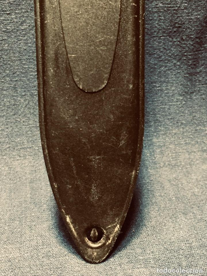 Militaria: puñal muela phillip bronkhorst SAFARIS FUNDA PLASTICO NEGRO TIPO SUBMARINISMO MUY POCO USO 30X5CMS - Foto 14 - 191134125