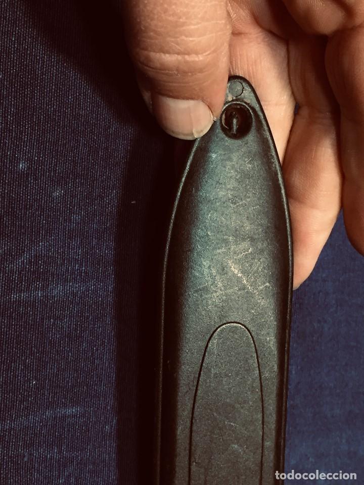 Militaria: puñal muela phillip bronkhorst SAFARIS FUNDA PLASTICO NEGRO TIPO SUBMARINISMO MUY POCO USO 30X5CMS - Foto 19 - 191134125