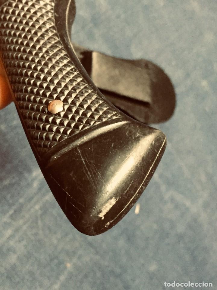 Militaria: puñal muela phillip bronkhorst SAFARIS FUNDA PLASTICO NEGRO TIPO SUBMARINISMO MUY POCO USO 30X5CMS - Foto 21 - 191134125