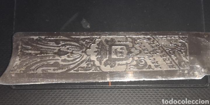 Militaria: Antigua navaja, albaceteña, grabada al ácido con el escudo de Albacete, con marcajes - Foto 3 - 193880440