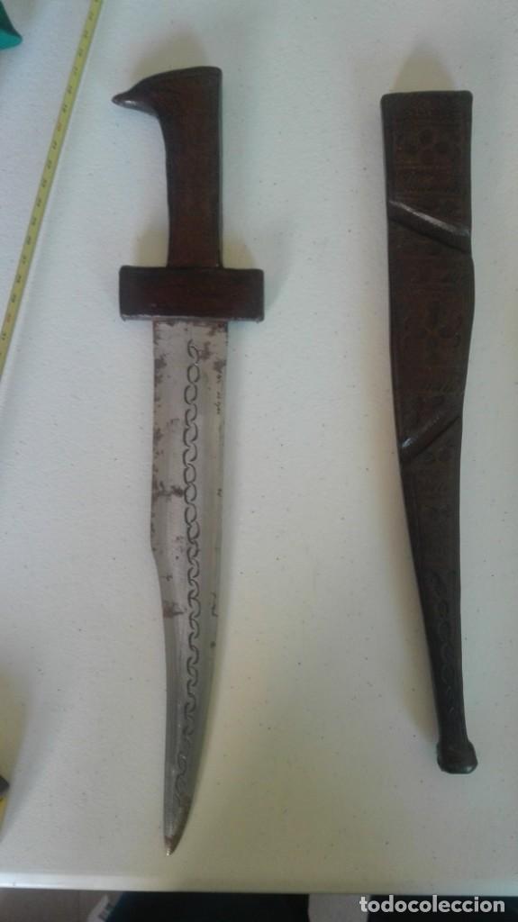 Militaria: Dos dagas antiguas desconozco procedencia - Foto 3 - 198752348
