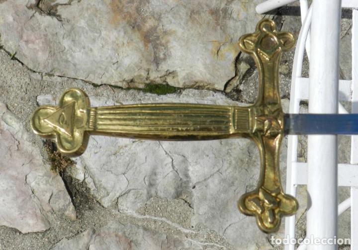 Militaria: Espadín o Espada de Ceñir de Oficial. Modelo 1887. No tiene marca en la hoja. Guarnición Isabelina d - Foto 4 - 205567691