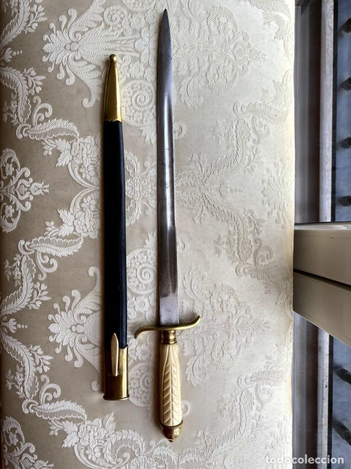 FACON ARGENTINO MANGO MARFIL DE MORSA (Militar - Armas Blancas Originales de Fabricación Posterior a 1945)