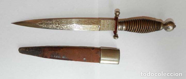 CUCHILLO DAGA DE LA FABRICA DE TOLEDO S. XIX, PUÑAL DE LA FÁBRICA DE TOLEDO SIGLO XIX. EMPUÑADURA EN (Militar - Armas Blancas Originales de Fabricación Anterior a 1850)