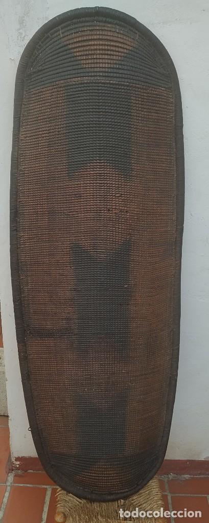 ESCUDO AFRICANO AFRICAN SHIELD (Militar - Armas Blancas Originales Fabricadas entre 1851 y 1945)