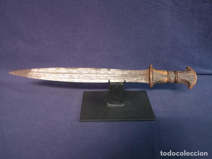 CUCHILLO AFRICANO (Militar - Armas Blancas Originales Fabricadas entre 1851 y 1945)