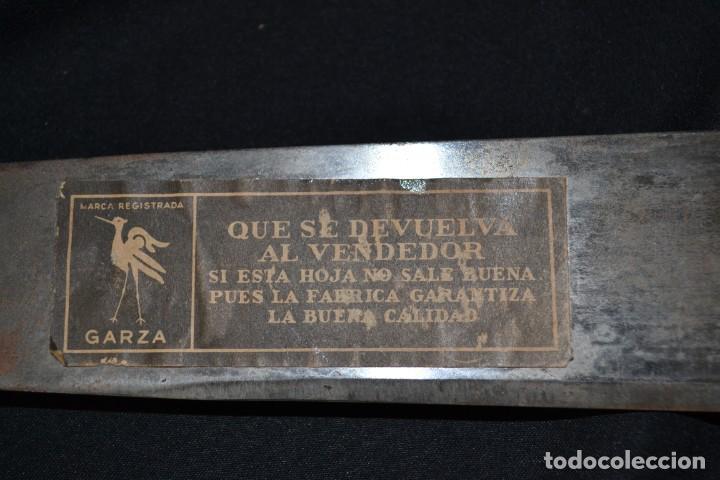 Militaria: MACHETE DE LA SELVA MARCA GARZA COLOMBIA CON FUNDA DE CUERO DURO. 74 CM - Foto 3 - 222086213