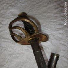 Militaria: ESPADA SABLE OFICIAL CON VAINA FECHADO 1883 EN LA HOJA. VER FOTOS. Lote 222923723