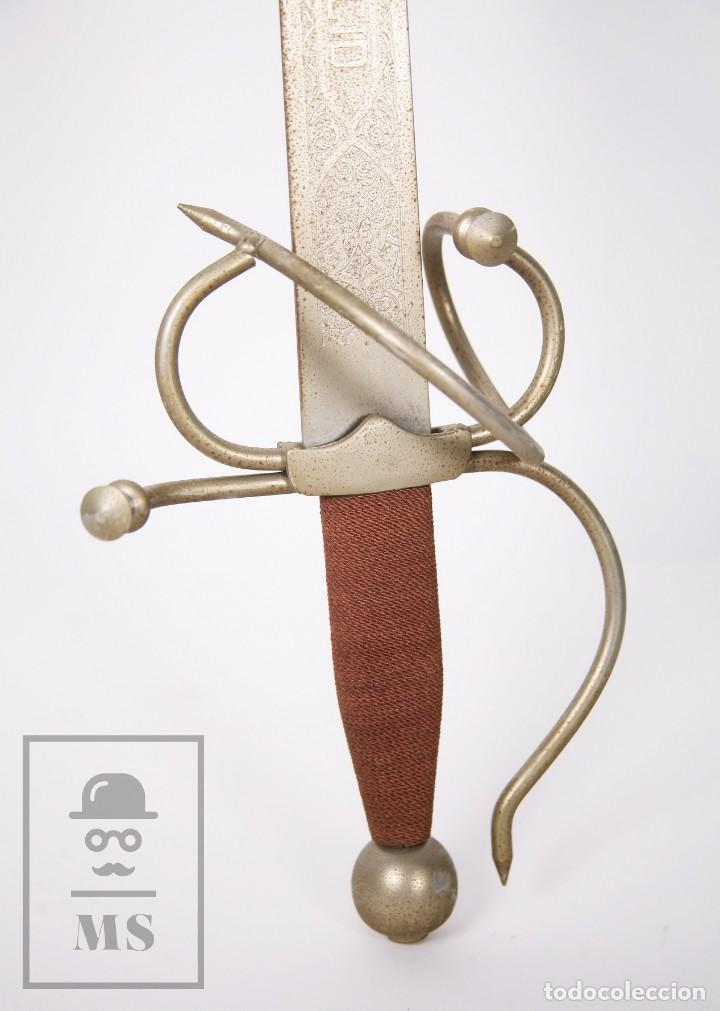 Militaria: Espada Decorativa - Réplica de Espada Colada del Cid - Toledo - Longitud 101 cm - Años 70-80 - Foto 6 - 223932711