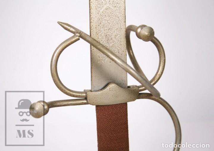 Militaria: Espada Decorativa - Réplica de Espada Colada del Cid - Toledo - Longitud 101 cm - Años 70-80 - Foto 7 - 223932711