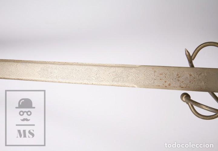 Militaria: Espada Decorativa - Réplica de Espada Colada del Cid - Toledo - Longitud 101 cm - Años 70-80 - Foto 10 - 223932711