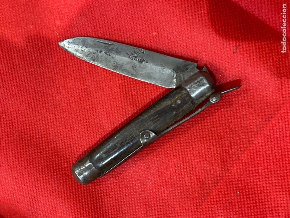 ANTIGUA NAVAJA HOJA GRABADA APCA CON DIBUJO CABEZA VACA MARCA REGISTRADA . VER FOTOS (Militar - Armas Blancas Originales Fabricadas entre 1851 y 1945)